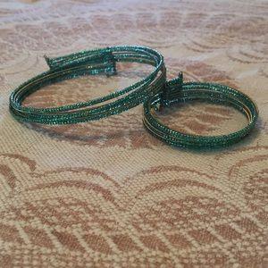Jewelry - Green & gold choker/bracelet set